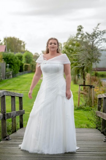 plussize bruidsmode, gehele, royal collectie bridalstar, Gaia