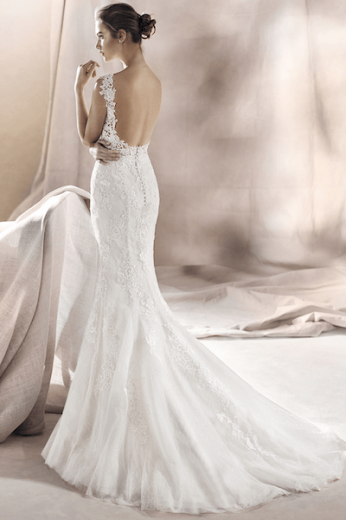 White One, Saura, kanten fishtail bruidsjurk, pronovias group