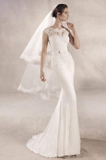 White One, Yuriana, kanten bruidsjurk, crepe rok, pronovias group